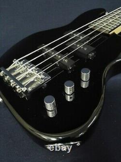 1/2 Haze 4-String Electric Bass Guitar, Black +15W Amp. +Free Gig Bag SBG-387BK