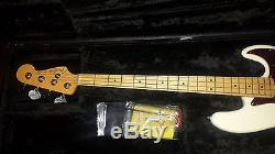 2015 Olympic White Fender American Jazz Bass Maple Neck Drop Tuner + Case Sweet