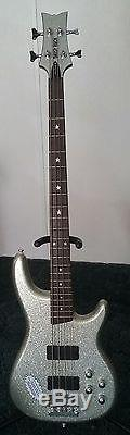 Daisy Rock- Rock Candy Bass 34in. Scale EMG Select Pickups Grover Tuners