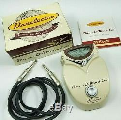 Danelectro Dan-O-Matic Guitar Tuner Bass Tuning Device Live Wire Cable Retro