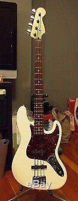 Fender Jazz Bass MIM SCN Noiseless Pickups, Upgraded Bridge and Tuners, Bag