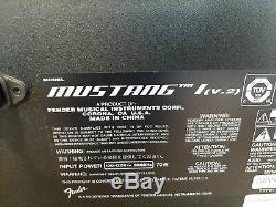 Fender Mustang I V. 2 20W 1x8 Guitar Combo Amp Black +Korg Guitar/Bass Tuner GA-1