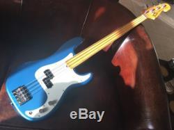 Fender P bass fretless, custom shop body, vintage 70s maple neck & tuners, case