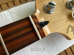 Fender Player Series Precision Bass (P-Bass) NECK + TUNERS 9.5 Radius Pau Ferro