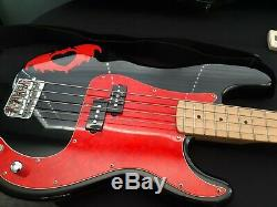 Fender Squier Pete Wentz Signature P Bass Guitar withSoft Case and Tuner
