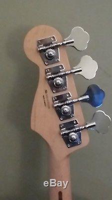 Fender Standard JAZZ BASS NECK & TUNERS Bass Guitar 9.5 Radius Maple