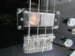 Gretsch G2220 Junior Jet Bass II Short Scale Bass Guitar Black-Many Extras