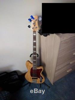 Ibanez TMB600 Bass with gig bag, Ampeg SCR-DI Pedal, tuner, stand