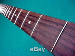 Jazz J Bass neck relic Vintage aged Nitro late 60's style rosewood with Tuners