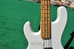 KRAMER Rock Blues Jazz Bass Electric Guitar Lefty Left Handed Gibson Tuners USA