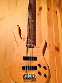 Ken Smith design Deluxe 5 String Bass with Gotoh Tuners