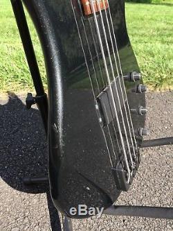Peavey G Bass, Hipshot Bridge, Ultralite Tuners/Bass Xtender, Case, Carbon Fiber