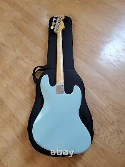 Warmoth Jazz Bass Lefty Guitar with J. Lollar Pick-ups and Schallar Tuner
