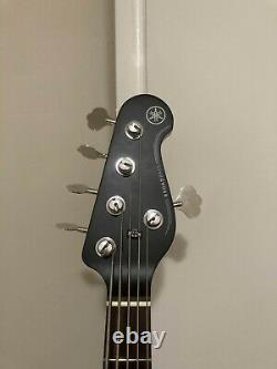 Yamaha BB235-BL (G&L tuners) 5-String Bass 2020 Black